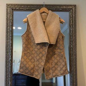 Jackets & Blazers - Faux leather tan/black lamb wool vest - small